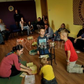 2.narodeniny Krystalie - joga pre deti