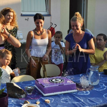 4.narodeniny Krystalie - narodeninová tortička :)