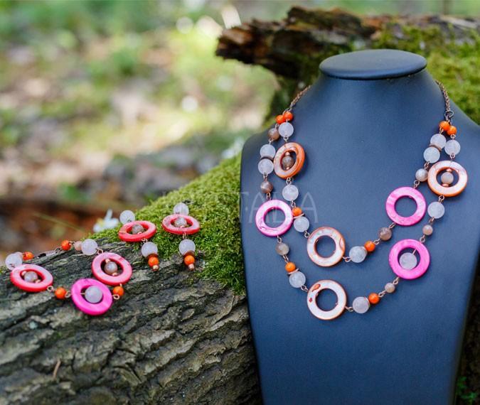 náhrdelník, náramok, náušnice, Život je hra, ruženín, koral, mesačný kameň, perleť