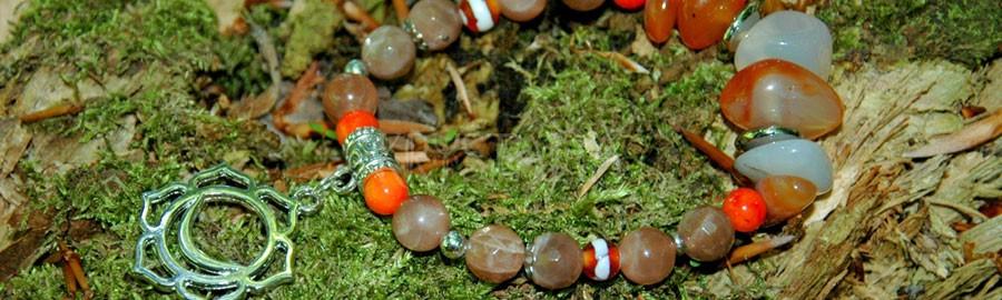 čakrový náramok, druhá čakra, Svadhisthana, koral, mesačný kameň, karneol, achát
