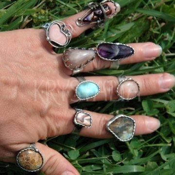cínovaný prsteň