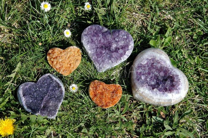 Drúzy v tvare srdca - ametyst a citrín