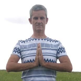 Janko Hojo, inštruktor jogy, Krystalia