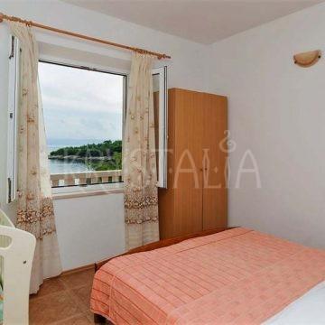 Izba s manželskou posteľou